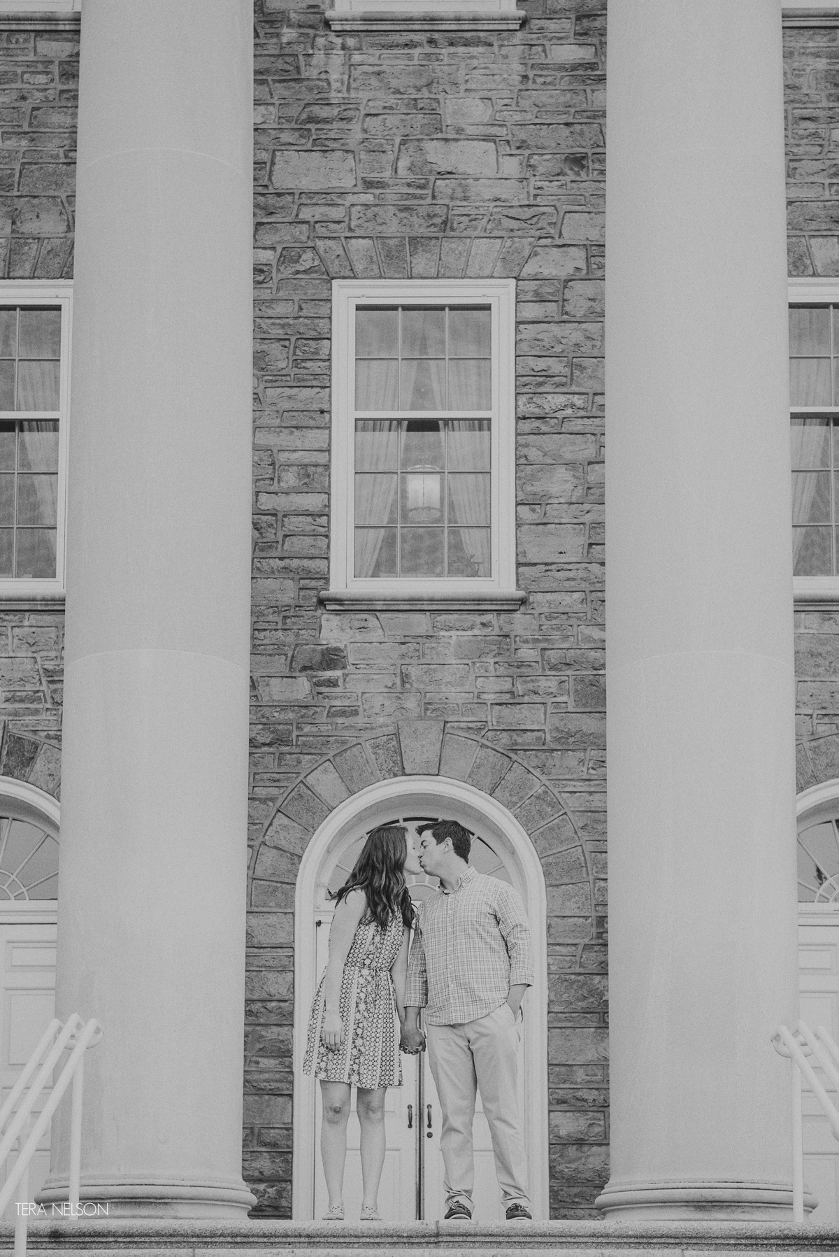 Penn_State_Old_Main_Wedding_Proposal_016